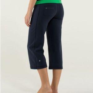lululemon athletica Pants - Lululemon Dharana Crop - Like New - Size 12